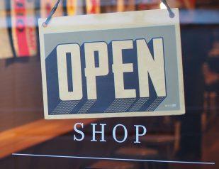 shop-mike-petrucci-c9FQyqIECds-unsplash